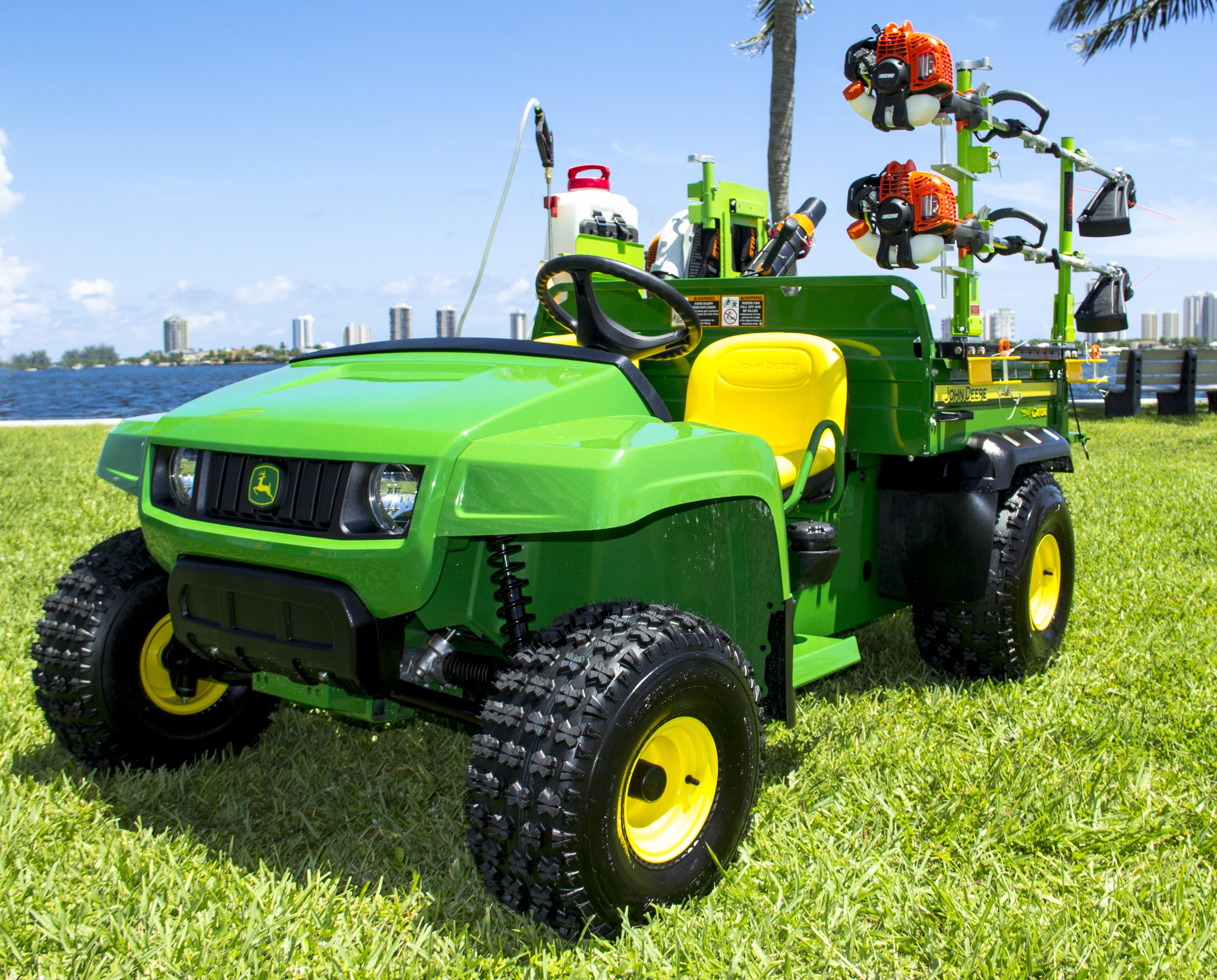 Trailerracks Com Green Touch Industries Rbp204 Bed Rail System For John Deere Plastic Metal Beds Landscape Architect